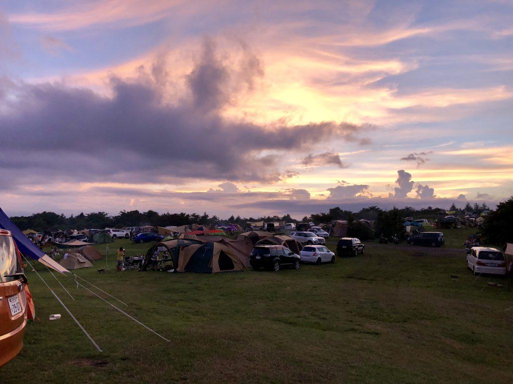 内山牧場キャンプ場の夕暮れ